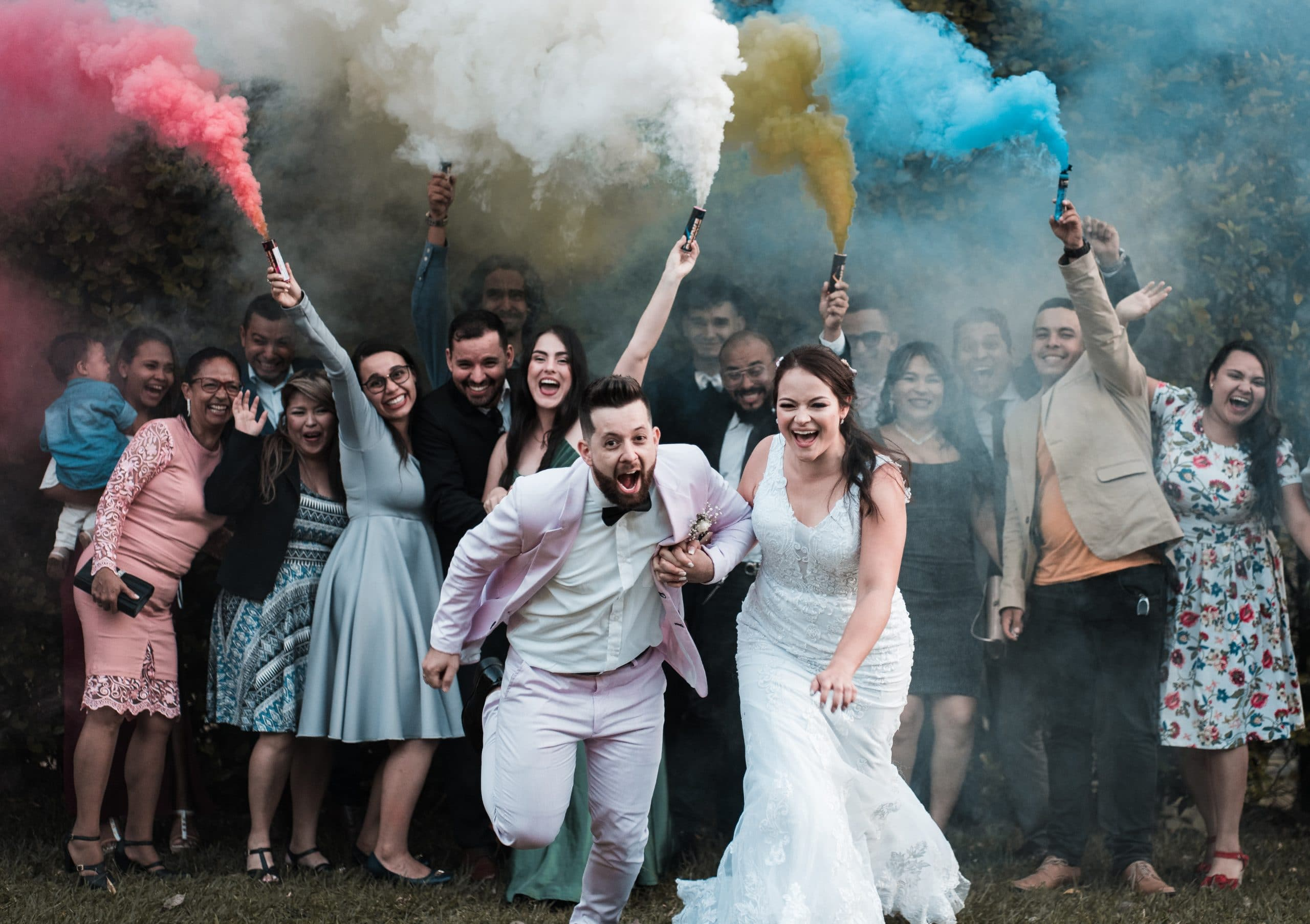 Cheerful wedding - Tips for Wedding Photography