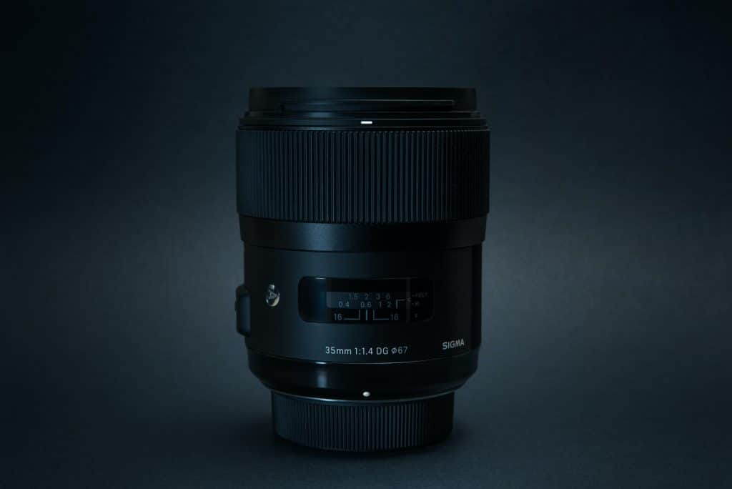 Product photo of prime lens - Prime vs Zoom Lens
