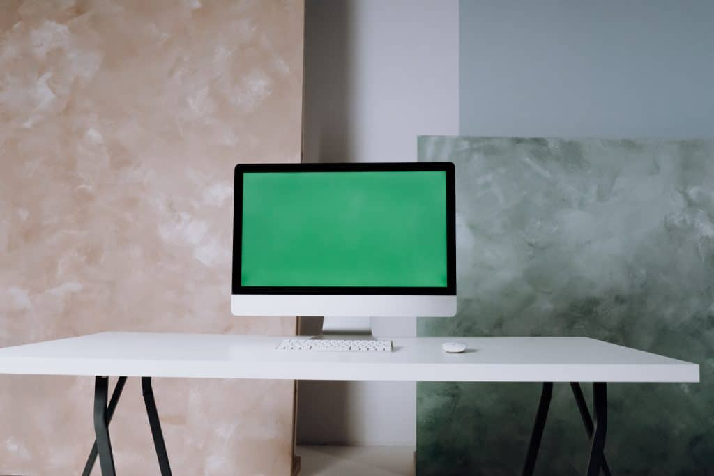 Tips for Minimalist Photography of desktop
