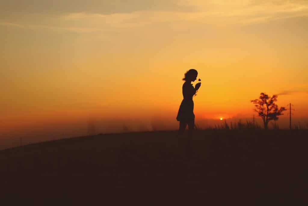 Girl in fields - What is Backlighting?