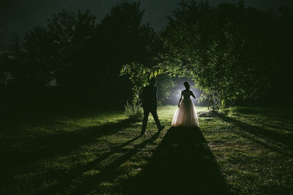 Photo of couple - Tips for low light photography