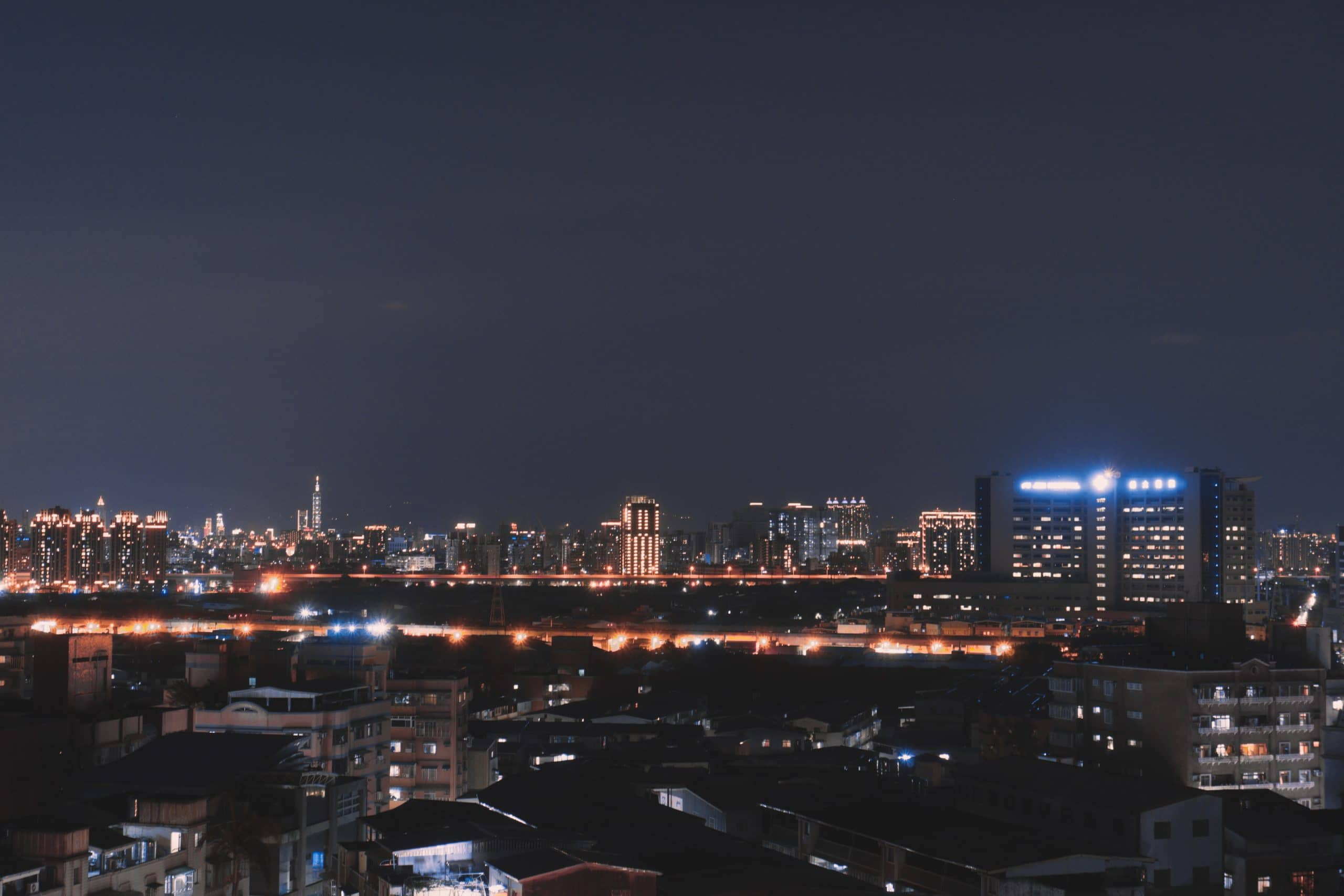cityscape - Tips for Low Light Photography